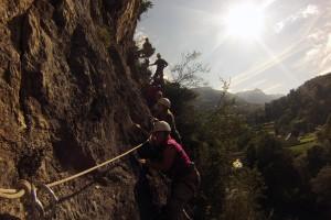 progression horizontale sur la via corda, longés sur la corde de sécurité